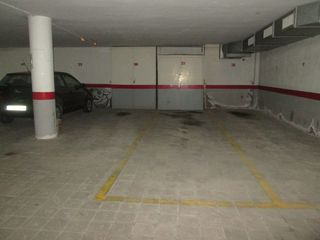 Parking coche  Centro. Parking doble en pineda de mar