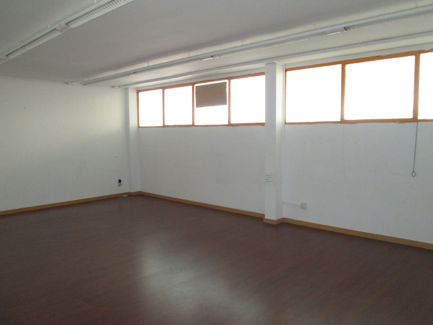 Rent Office space in Santander, 101. Oficina 215 m2 c/santander