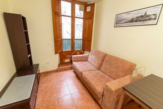 Location Appartement  Carrer força. Barri vell - centre