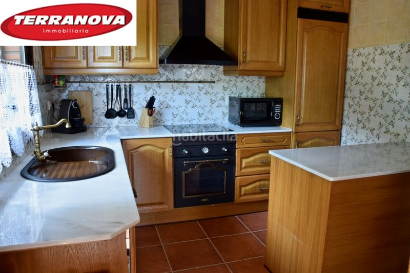 Cocina tipo office. House with fireplace heating parking pool in Ametlla del Vallès (L´)