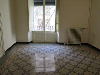 Affitto Appartamento  Ronda sant antoni maria claret. Pis de 127m², estil antic.