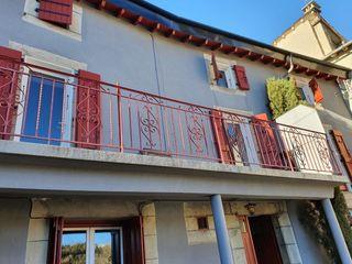 Casa in Santa leocadia, sn. Casa ceretana