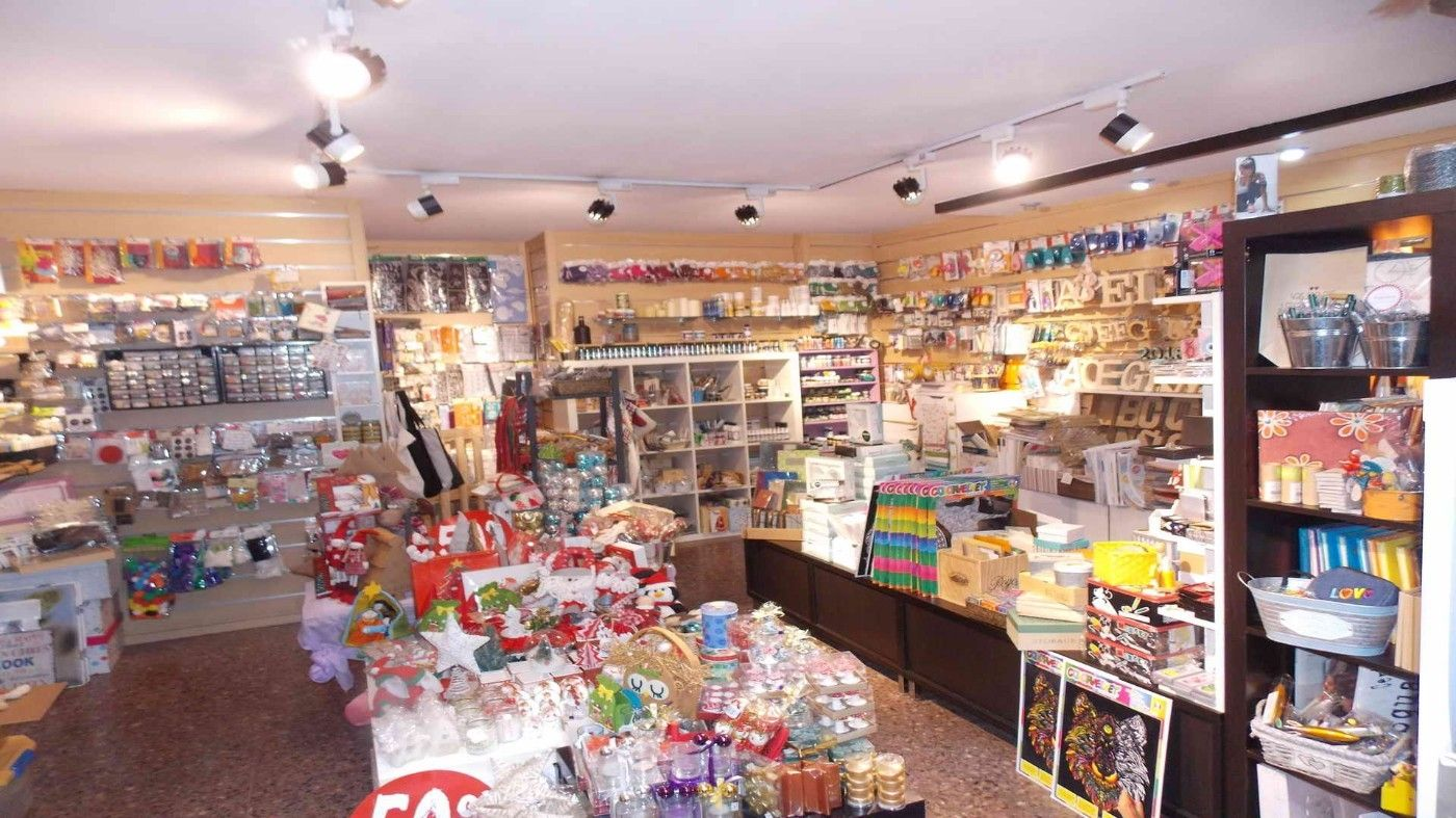 Location Local commercial  Carrer major. Muy comercial y moderno