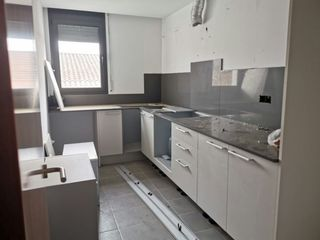 Appartement à Carrer major, 39. Dúplex a reformar en palafolls