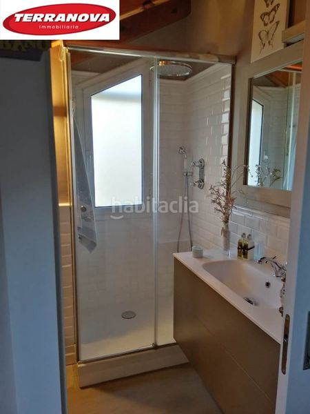 Baño suite. Semi detached house with fireplace heating parking pool in Ametlla del Vallès (L´)
