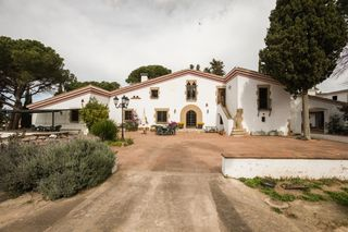 Country house in Veinat de sant daniel, 1. Con 6 viviendas, piscina y pozo