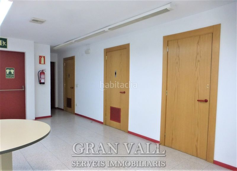 Banys. Business premise with heating in Puigcerdà