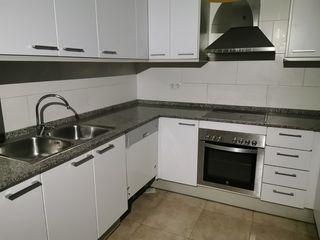 Appartamento in Carrer camí ral, 136. Dúplex seminuevo en tordera