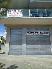 Local Comercial en Ronda sant ramon, 18 esquina camí del llor 2. Salida de humos y esquinero