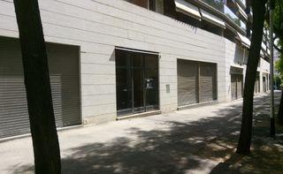 Local Comercial en Carrer lleida, 6. Salida de humos 55m diafano
