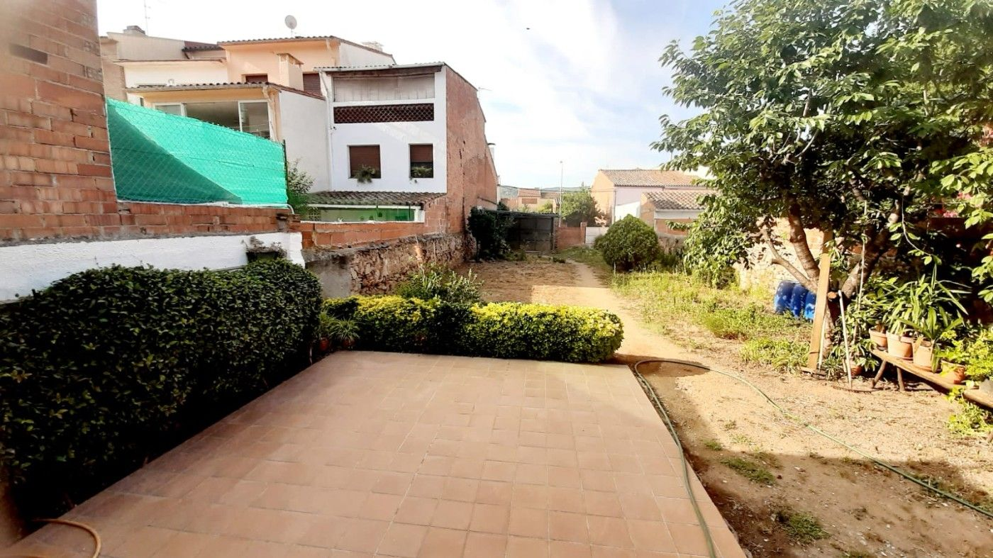 Location Maison  Avinguda pau casals. Reformada en centro con parking
