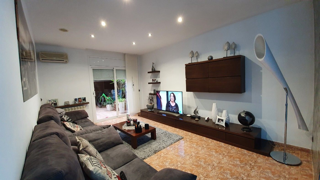 Appartamento in Carrer salvador espriu, 18. Bajos de diseño con garaje
