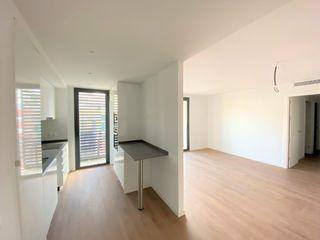 Flat in Progrés-Pep Ventura. Ultimos pisos