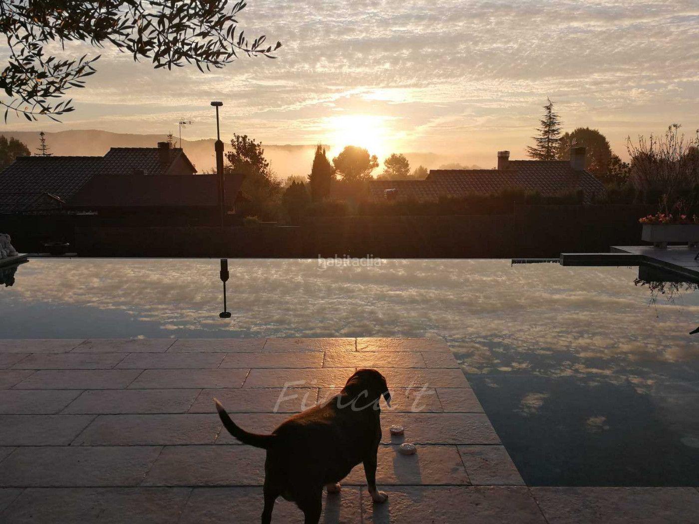 Con piscina y vistas Sant Quirze Safaja
