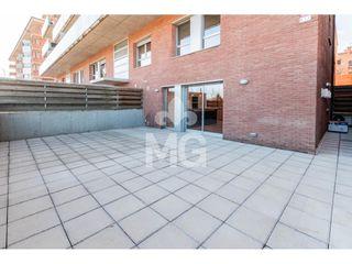 Dúplex  Carrer eix onze de setembre. Amb terrassa de 55 m2