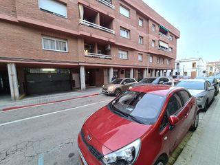 Parking coche en Carrer esperança, 5. Plaza parking calle centrica