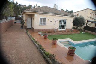 Casa in Montserrat Park. Casa en una planta