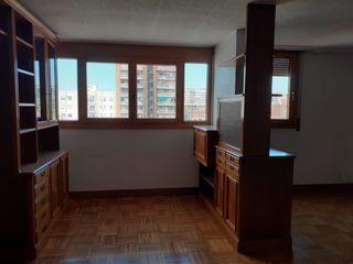 Apartamento  Carrer treball