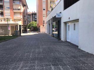 Location Parking voiture dans Avinguda lluis pericot, 68. Garatge tancat per 4 cotxes