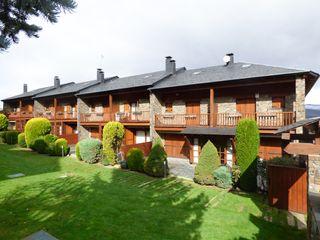 Casa a schiera in Alp, sn. Casa cantonera alp