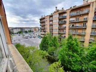 Appartement  Passeig paisos catalans. Pis a passeig paisos catalans.