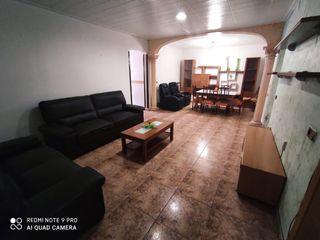 Erdgeschoss in Carrer ter, 1. 3 dormitorios dobles