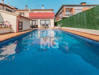 Haus  Passeig gorgues (les). Amb piscina