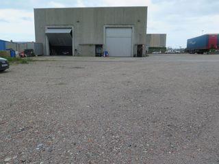 Location Bâtiment à usage industriel  Poligon industrial. Nau aïllada amb pati de 200m²