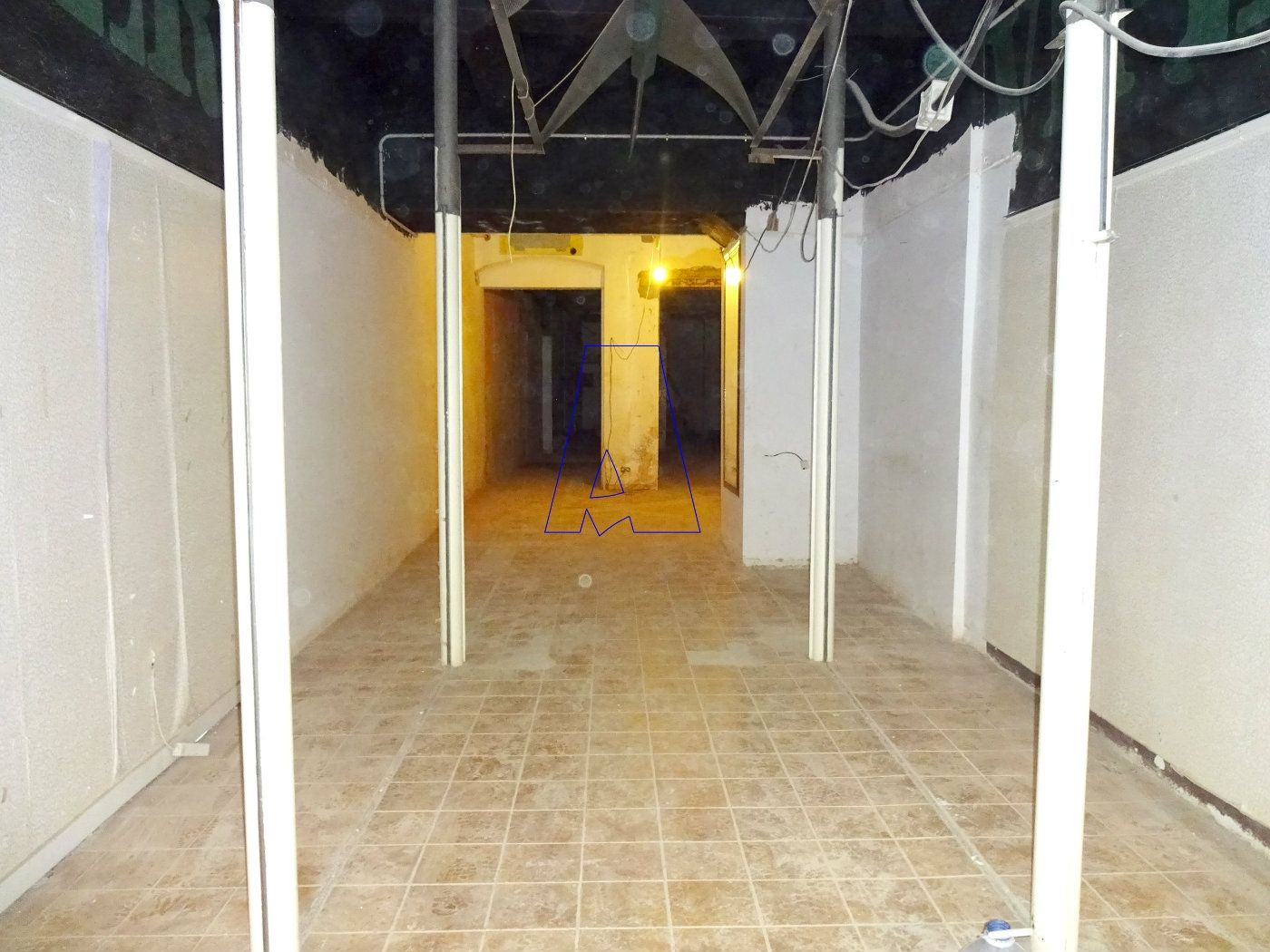 Lloguer Local Comercial en Carrer sant josep, 40. Local comercial en exclusiva.