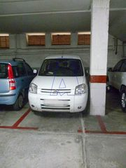 Car parking  Carrer sant isidor. Parking amplio