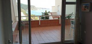 Appartement in Urbanització cala salions, 14 edifici chalana iii. Gran terraza con vista al mar