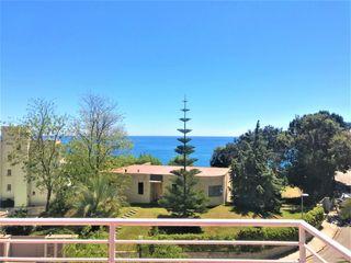 Villa  Carrer villar de grau. Torre 4 vents amb piscina.