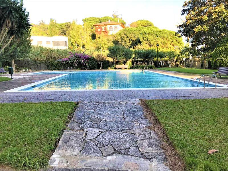PISCINA. Rent penthouse with heating parking pool in Urbanitzacions Sant Pol de Mar