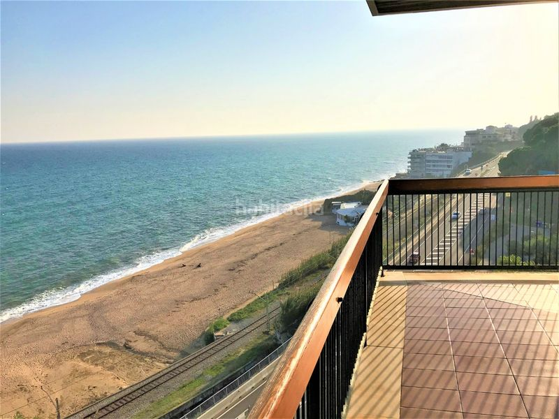 VISTES AL MAR. Rent penthouse with heating parking pool in Urbanitzacions Sant Pol de Mar