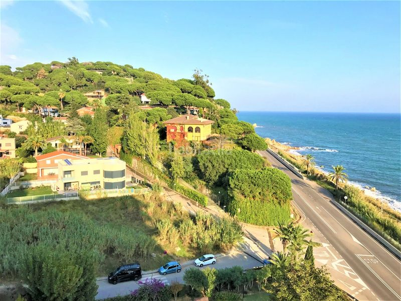 VISTES. Rent penthouse with heating parking pool in Urbanitzacions Sant Pol de Mar