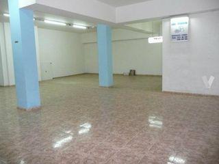 Location Local commercial dans Can Vinyals