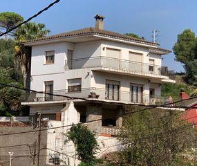 Haus in Corbera de Llobregat