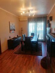 Zweistöckige Wohnung in Masquefa