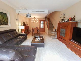 Casa adosada en Hostalets de Pierola (Els). Hostalets pierola pueblo!!!!