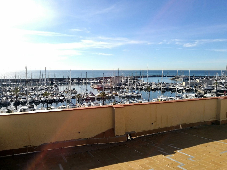 Dúplex  Carrer barcelona. Dúplex con vistas al mar