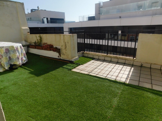 Ático Carrer Itàlia. Ático con terraza de 25m2