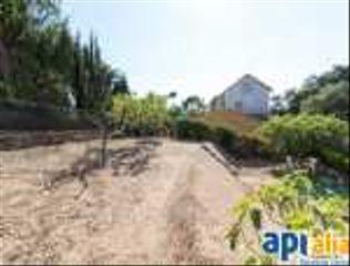 Casa  Carrer avellaner. Casa a vidreres amb jardí!!!!!