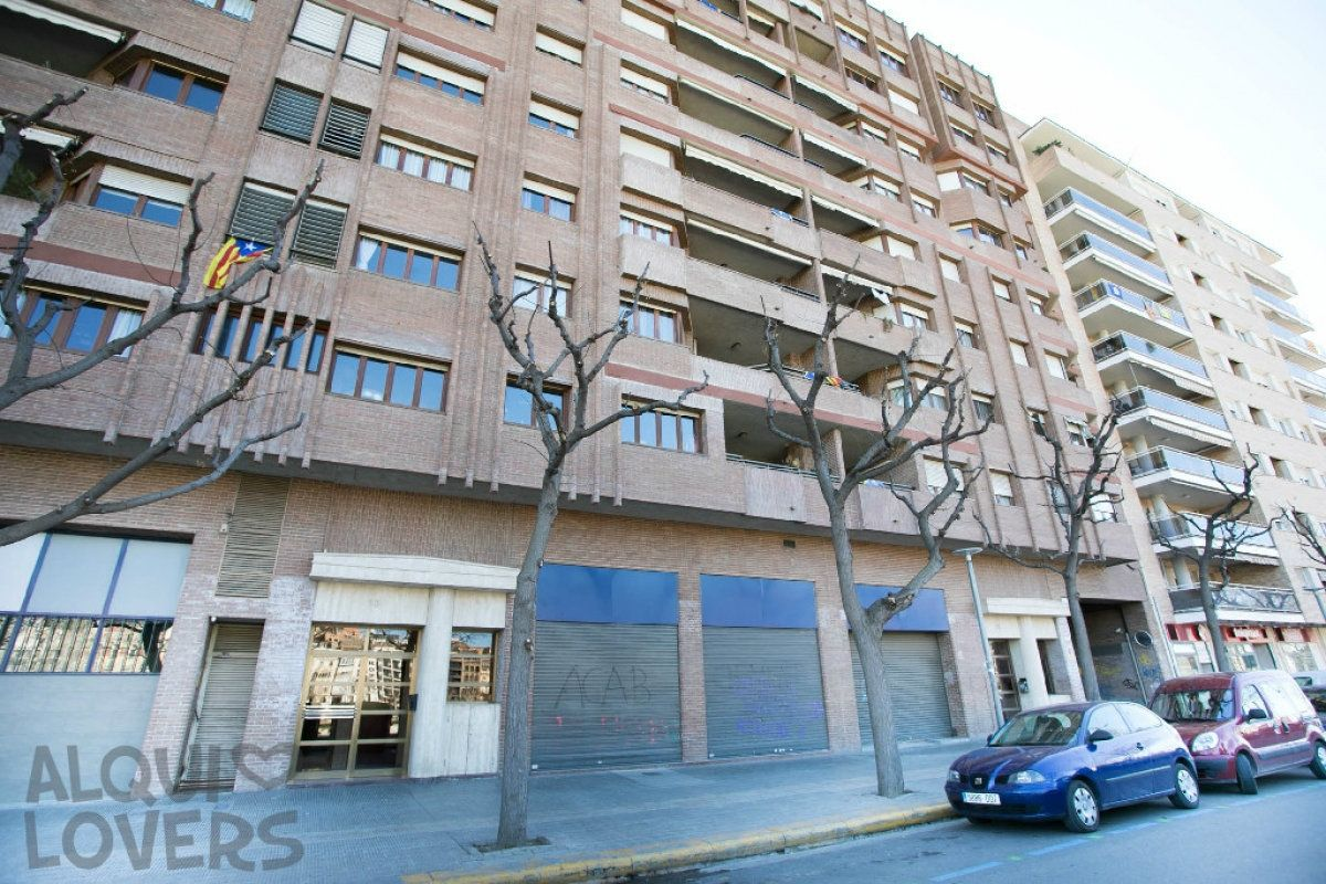 Local Comercial en Carrer jaume ii, 13. Local en venta en lleida