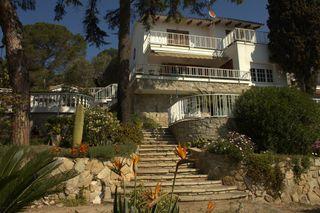 Casa  Avinguda portinyol (portinyol). Fantàstica a 4 vents
