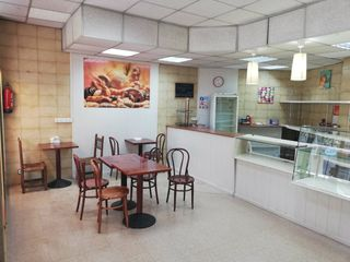 Local Comercial en Carrer josep ricart, 5. Transitado y bien comunicado