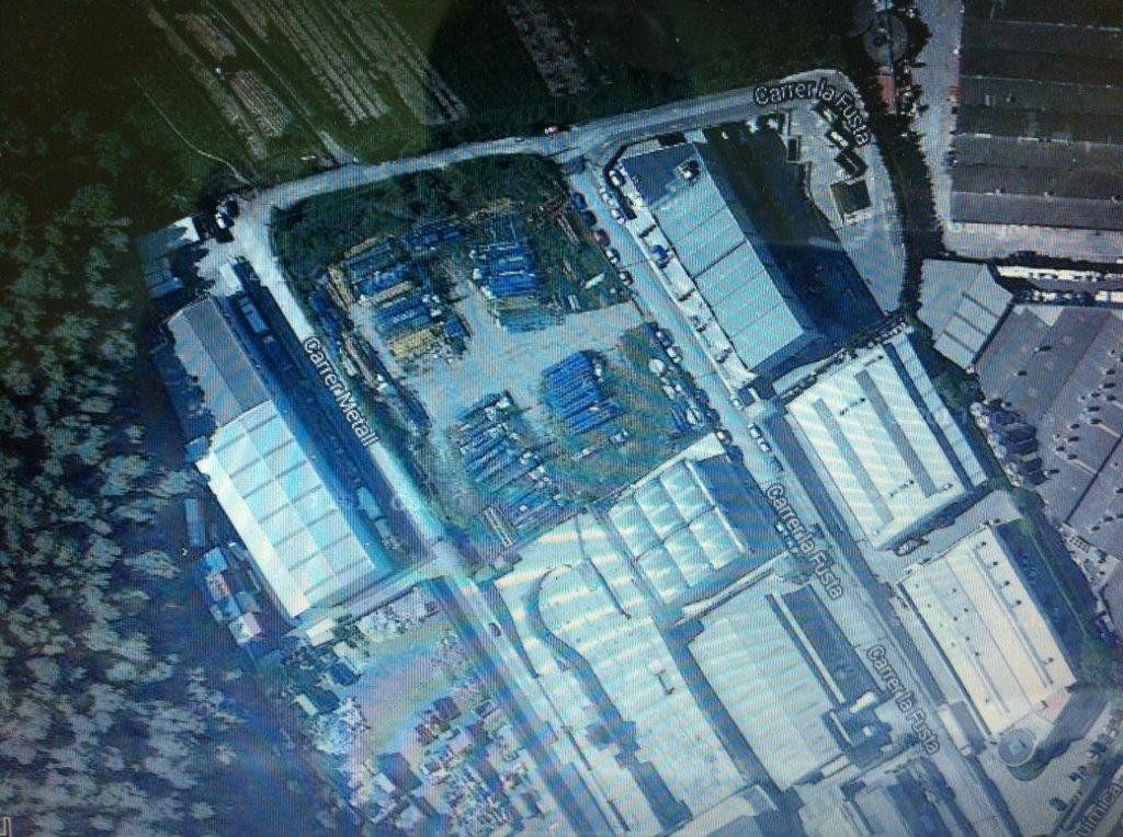 Industrial plot  Carrer metall. Solar industrial