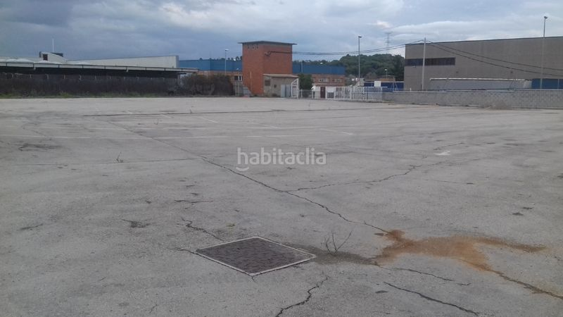 patio. Affitto capannone industriale in Mas d´en Gall-Can Rial Esparreguera