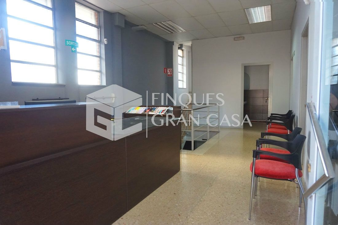 Local commercial  Fatima. Local comercial de 300m2