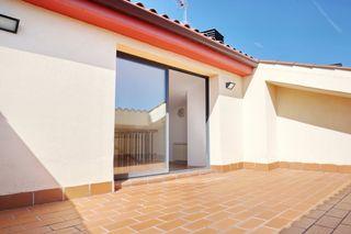 Appartamento in Carrer josefina mascareñas, 3. Vivenda semi-nova al monestir