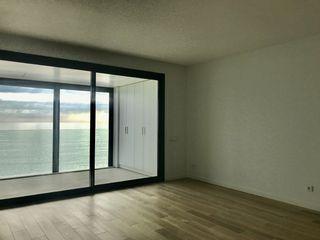 Piccolo appartamento  Passeig josep mundet. Obra nova passeig